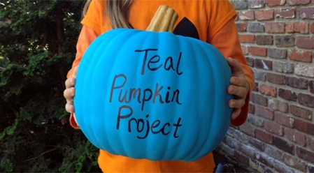 teal-pumpkin-project-allergy-friendly-Halloween