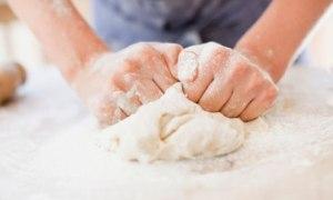 Kneading-dough-007